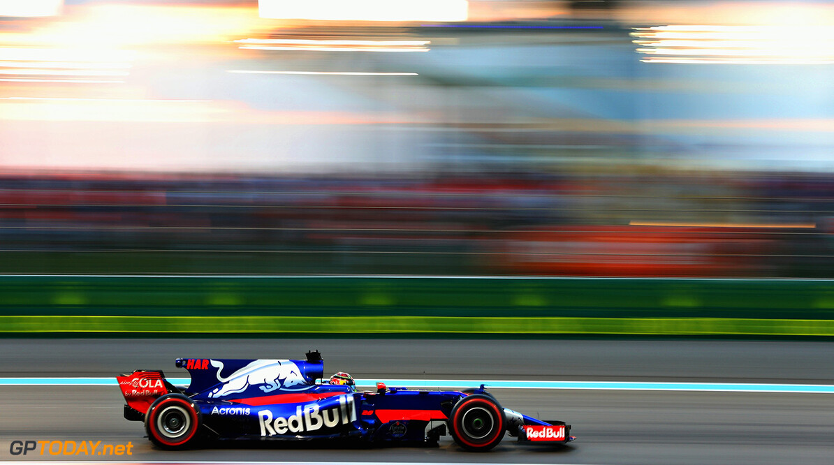 ABU DHABI, UNITED ARAB EMIRATES - NOVEMBER 26: Brendon Hartley of New Zealand driving the (28) Scuderia Toro Rosso STR12 on track during the Abu Dhabi Formula One Grand Prix at Yas Marina Circuit on November 26, 2017 in Abu Dhabi, United Arab Emirates.  (Photo by Mark Thompson/Getty Images) // Getty Images / Red Bull Content Pool  // P-20171126-00704 // Usage for editorial use only // Please go to www.redbullcontentpool.com for further information. //  F1 Grand Prix of Abu Dhabi Mark Thompson Abu Dhabi United Arab Emirates  P-20171126-00704