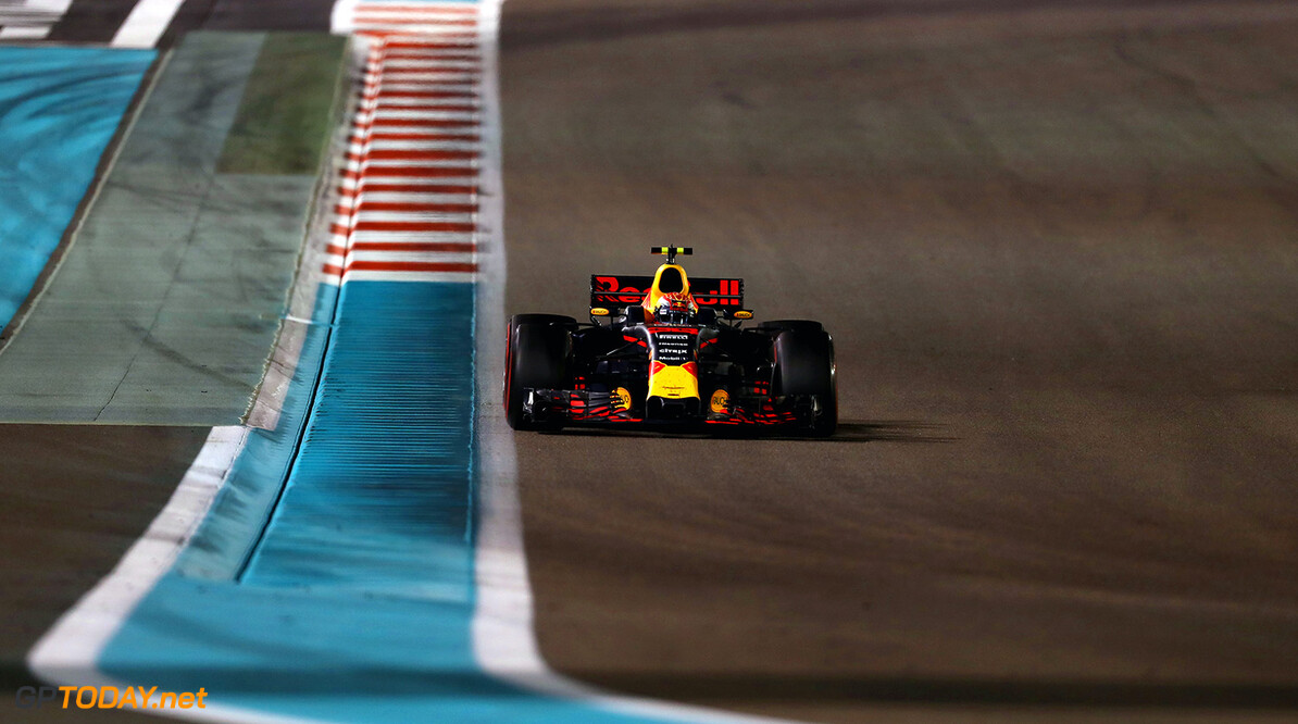 ABU DHABI, UNITED ARAB EMIRATES - NOVEMBER 26: Max Verstappen of the Netherlands driving the (33) Red Bull Racing Red Bull-TAG Heuer RB13 TAG Heuer on track during the Abu Dhabi Formula One Grand Prix at Yas Marina Circuit on November 26, 2017 in Abu Dhabi, United Arab Emirates.  (Photo by Mark Thompson/Getty Images) // Getty Images / Red Bull Content Pool  // P-20171126-00844 // Usage for editorial use only // Please go to www.redbullcontentpool.com for further information. //  F1 Grand Prix of Abu Dhabi Mark Thompson Abu Dhabi United Arab Emirates  P-20171126-00844