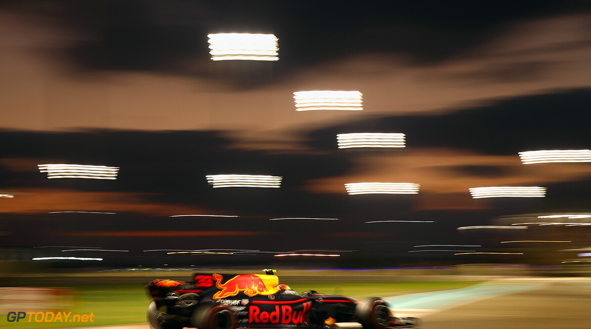 ABU DHABI, UNITED ARAB EMIRATES - NOVEMBER 26: Max Verstappen of the Netherlands driving the (33) Red Bull Racing Red Bull-TAG Heuer RB13 TAG Heuer on track during the Abu Dhabi Formula One Grand Prix at Yas Marina Circuit on November 26, 2017 in Abu Dhabi, United Arab Emirates.  (Photo by Clive Mason/Getty Images) // Getty Images / Red Bull Content Pool  // P-20171126-00656 // Usage for editorial use only // Please go to www.redbullcontentpool.com for further information. //  F1 Grand Prix of Abu Dhabi Clive Mason Abu Dhabi United Arab Emirates  P-20171126-00656