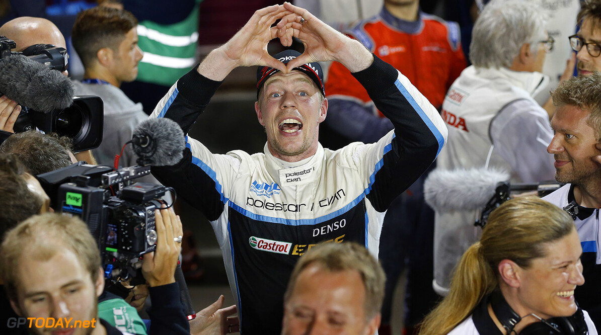 BJORK Thed, (swe), Volvo S60 Polestar team Polestar Cyan Racing, ambiance portrait during the 2017 FIA WTCC World Touring Car Championship race at Losail  from November 29 to december 01, Qatar - Photo Jean Michel Le Meur / DPPI AUTO - WTCC LOSAIL 2017 Jean Michel Le Meur Losail Qatar  Auto Championnat Du Monde Losail International Circuit Circuit Course Fia Motorsport November Novembre Quatar Tourisme Wtcc