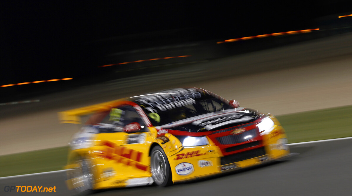 09 CORONEL Tom, (ned,) Chevrolet RML Cruze team ROAL Motorsport, action during the 2017 FIA WTCC World Touring Car Championship race at Losail  from November 29 to december 01, Qatar - Photo Jean Michel Le Meur / DPPI AUTO - WTCC LOSAIL 2017 Jean Michel Le Meur Losail Qatar  Auto Championnat Du Monde Losail International Circuit Circuit Course Fia Motorsport November Novembre Quatar Tourisme Wtcc