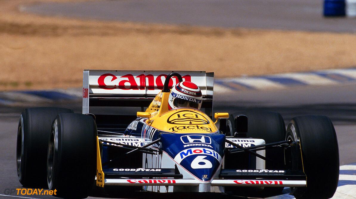 1986 Formula One World Championship.. Nelson Piquet (BRA), Canon Williams Honda FW11.. Australian Grand Prix, Adelaide, 26th October 1986.      action sunday adelaide_26101986 nelson piquet canon williams hon