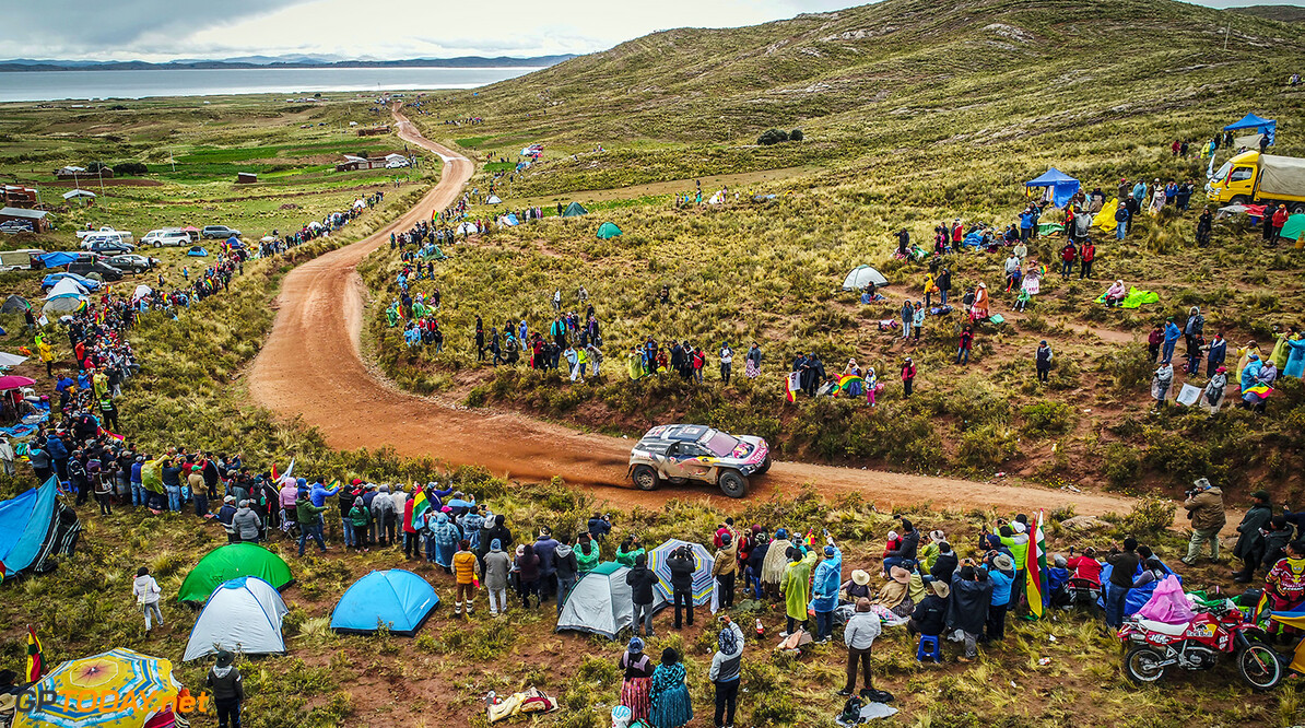 Carlos Sainz and Lucas Cruz in the Peugeot 3008 DKR Maxi of the Team Peugeot Total navigating in the mountain near the titicaca lake during stage 6 of the Dakar Rally, between Arequipa, Peru, and La Paz, Bolivia, on January 11, 2018. // Fran?ois Flamand/ DPPI/ Red Bull Content Pool // P-20180112-00030 // Usage for editorial use only // Please go to www.redbullcontentpool.com for further information. //  Carlos Sainz     P-20180112-00030