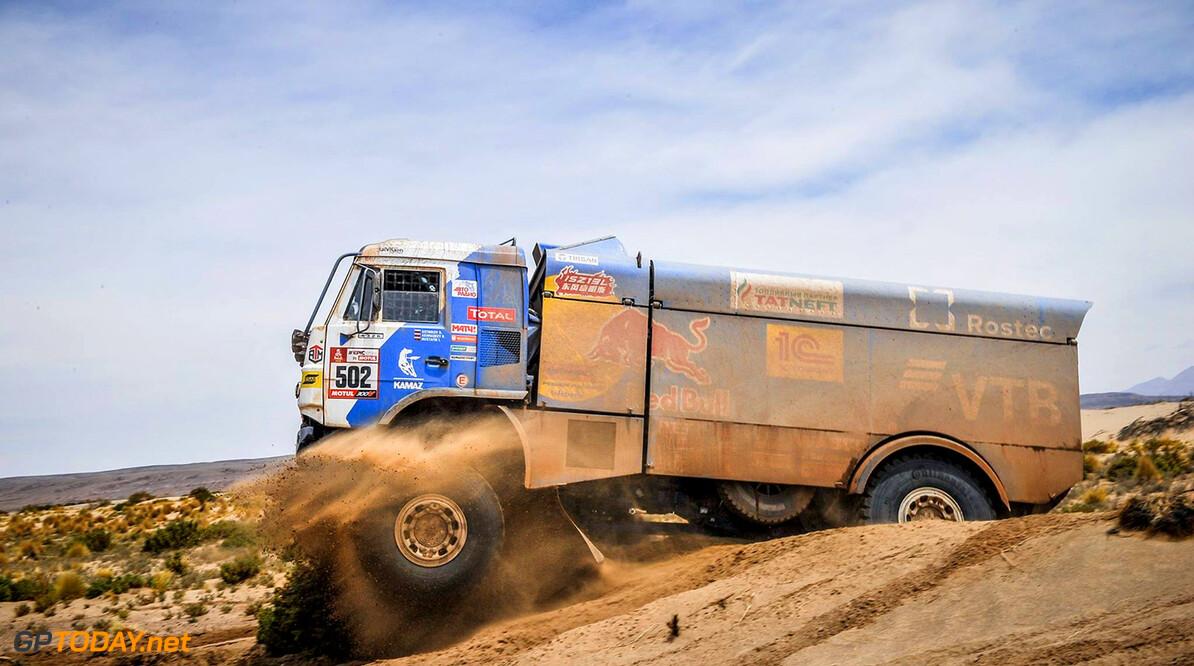 Van Kasteren en Huzink zetten twee Nederlandse trucks in top 5 in etappe 4