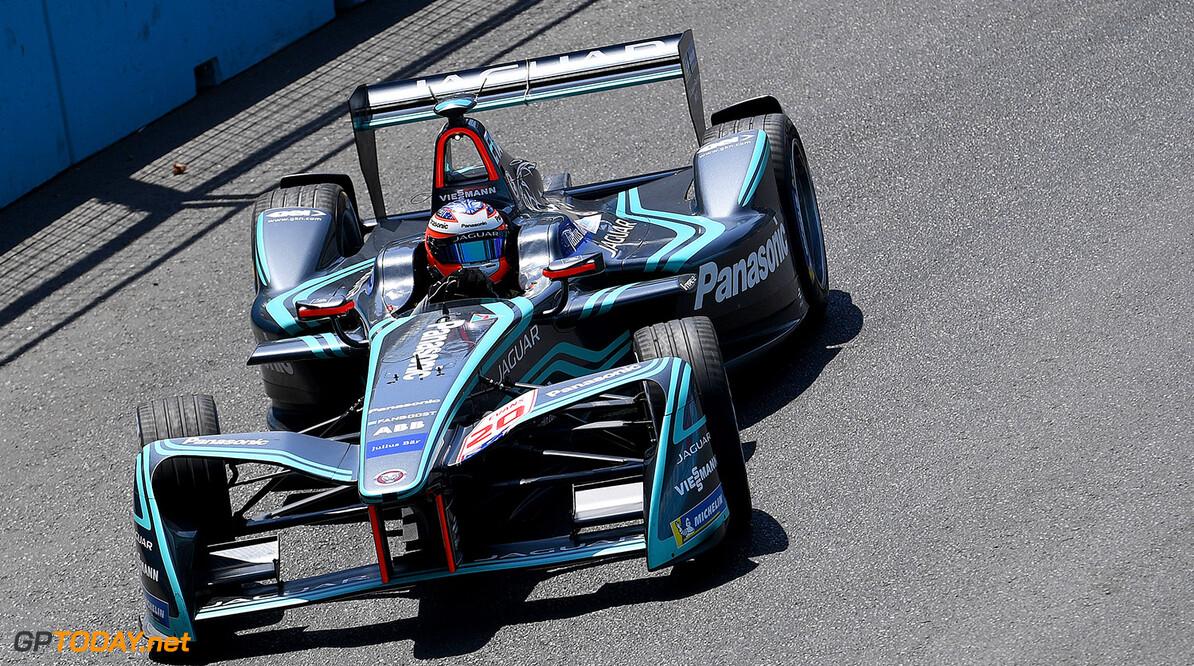 Jaguar star takes Formula E to the Brits