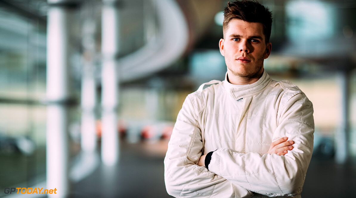 Rudy Van Buren McLaren Photoshoot 24th January 2018 Contact: Malcolm Griffiths 07768 230706 malcy1970@me.com www.malcolm.gb.net Image copyright Malcolm Griffiths  (C) Malcolm Griffiths