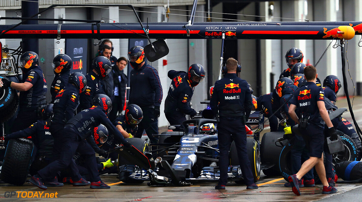 NORTHAMPTON, ENGLAND - FEBRUARY 19:  Daniel Ricciardo of Australia driving the (3) Aston Martin Red Bull Racing Red Bull RB14 TAG Heuer during the Aston Martin Red Bull Racing RB14 Special Edition filming day at Silverstone Circuit on February 19, 2018 in Northampton, England.  (Photo by Mark Thompson/Getty Images) // Getty Images / Red Bull Content Pool  // AP-1UTN4NAX91W11 // Usage for editorial use only // Please go to www.redbullcontentpool.com for further information. //  Aston Martin Red Bull Racing RB14 Special Edition livery Mark Thompson Silverstone United Kingdom  AP-1UTN4NAX91W11