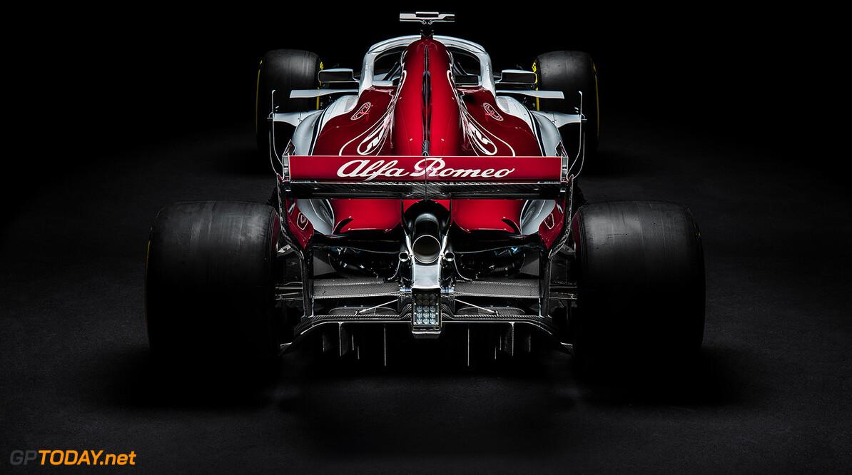 <b>Video:</b> Alfa Romeo Sauber F1 Team presenteert C37