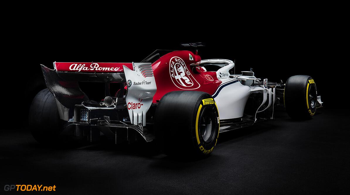 <strong>Technische Analyse:</strong> Alfa Romeo Sauber C37: Een verticale curve door creativiteit