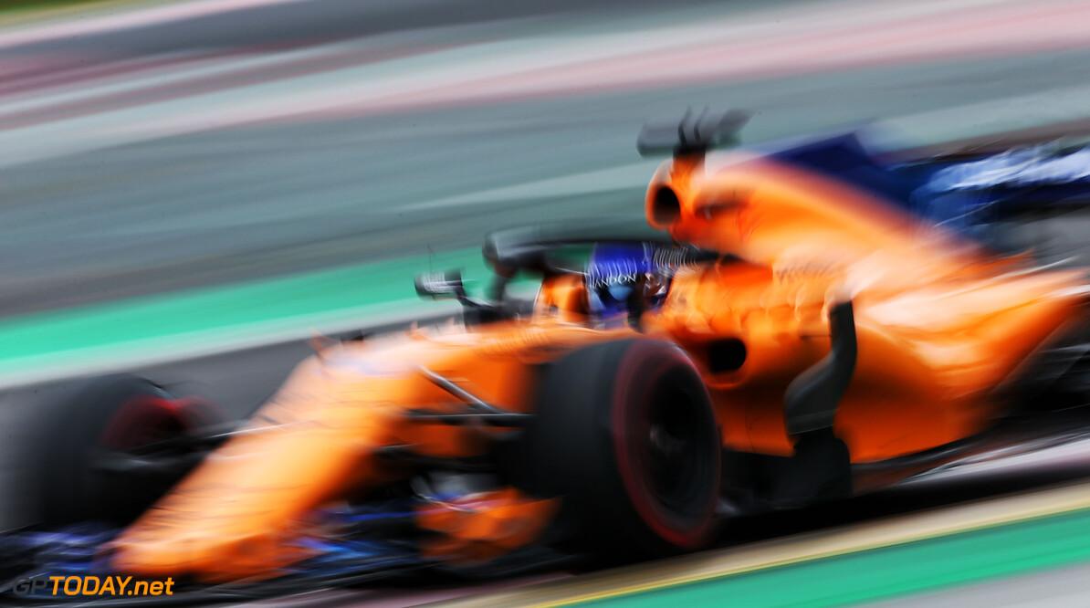 Fernando Alonso roemt McLaren en kijkt uit naar Melbourne