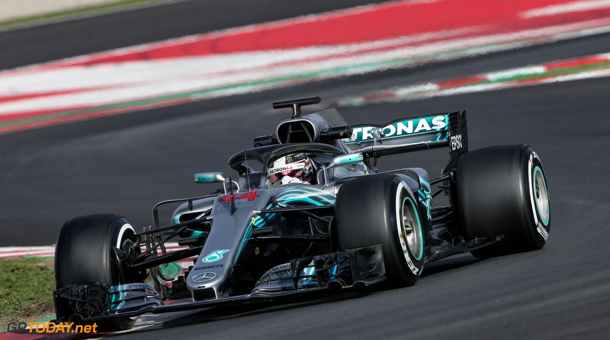 Barcelona dag 4: Hamilton snelste, baaldag Verstappen