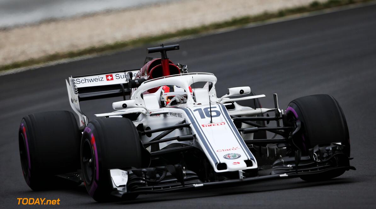 VT3: Weinig actie in verregende sessie op Hockenheim, Leclerc snelste