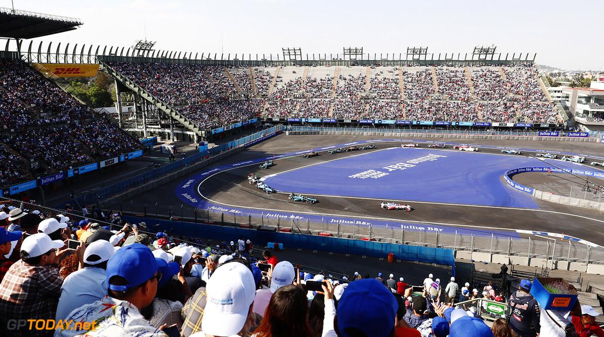 2017/2018 FIA Formula E Championship. Round 5 - Mexico City ePrix. Autodromo Hermanos Rodriguez, Mexico City, Mexico. Saturday 03 March 2018. Felix Rosenqvist (SWE), Mahindra Racing, Mahindra M4Electro, leads Oliver Turvey (GBR), NIO Formula E Team, NextEV NIO Sport 003, at the start of the race. Photo: Sam Bloxham/LAT/Formula E ref: Digital Image _W6I3207      fe formula e action