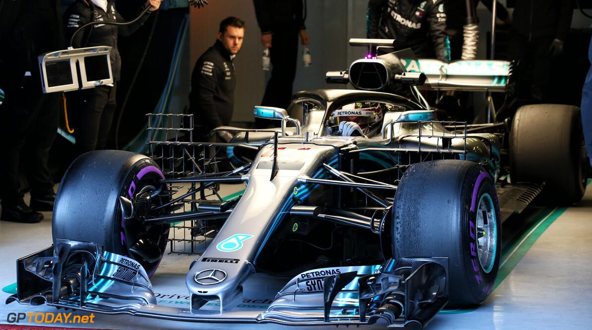 Mercedes heerst in racesimulatie tijdens test, Red Bull achter Ferrari