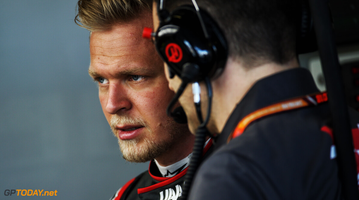 "Magnussen ""messed up"" during hectic Q3"