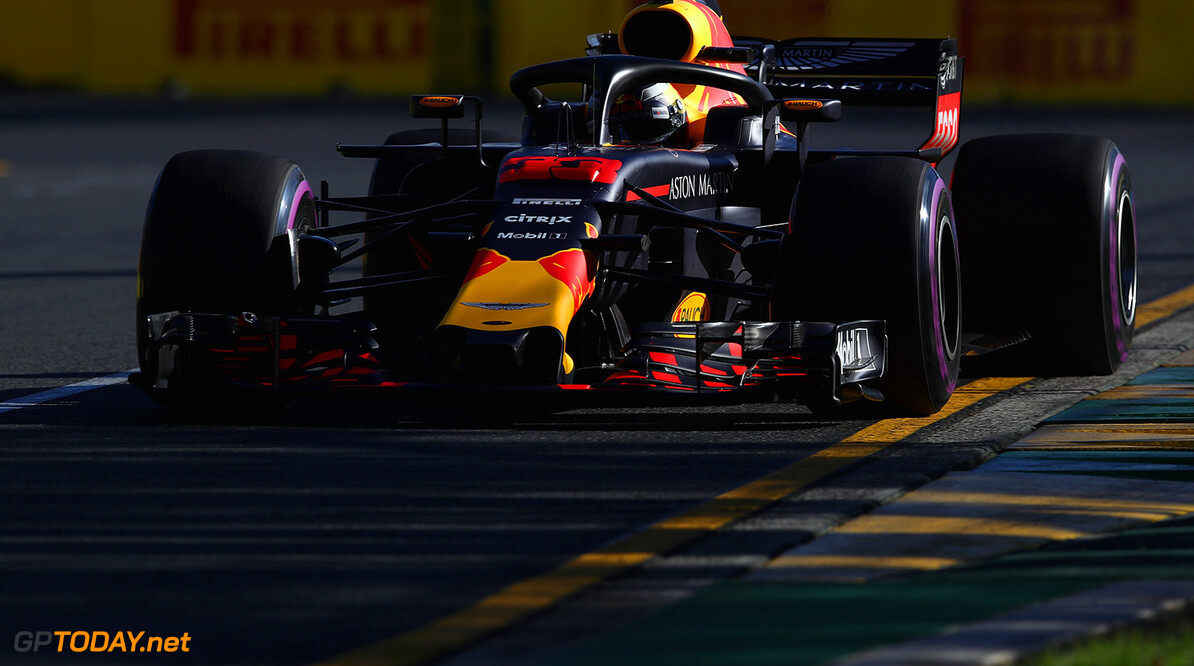 MELBOURNE, AUSTRALIA - MARCH 23: Max Verstappen of the Netherlands driving the (33) Aston Martin Red Bull Racing RB14 TAG Heuer on track during practice for the Australian Formula One Grand Prix at Albert Park on March 23, 2018 in Melbourne, Australia.  (Photo by Clive Mason/Getty Images) // Getty Images / Red Bull Content Pool  // AP-1V4UUZQCW1W11 // Usage for editorial use only // Please go to www.redbullcontentpool.com for further information. //  Australian F1 Grand Prix - Practice Clive Mason Melbourne Australia  AP-1V4UUZQCW1W11