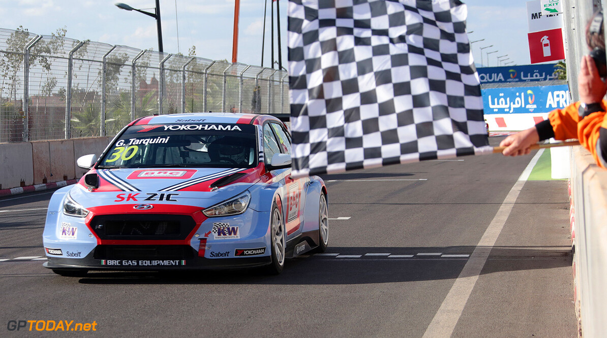 30 TARQUINI Gabriele (ITA), BRC Racing Team, Hyundai i30 N TCR, action during the 2018 FIA WTCR World Touring Car  Cup Race of Morocco at Marrakech, from April 7 to 8th - Photo Paulo Maria / DPPI AUTO - WTCR MARRAKECH 2018 Paulo Maria Marrakech Maroc  april auto avril championnat du monde circuit course fia maroc motorsport tourisme wtcr