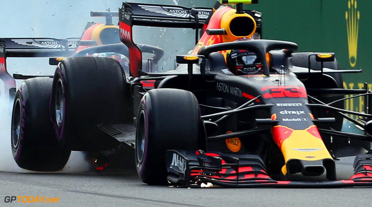 """Verstappen: """"Ricciardo en ik mochten elkaar niet de schuld geven"""""""