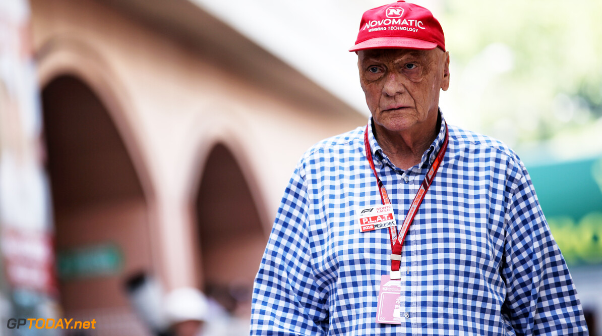 Lauda leaves hospital after  influenza treatement