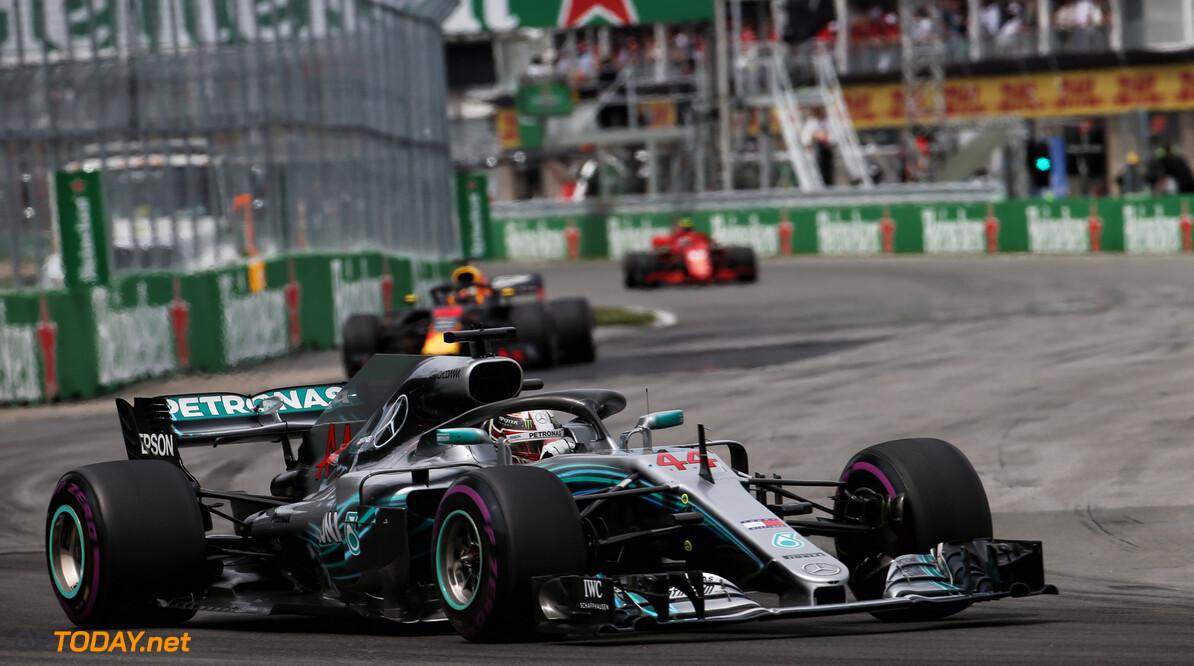 """Hamilton over motorrestricties: """"Sport gaat de verkeerde kant op"""""""