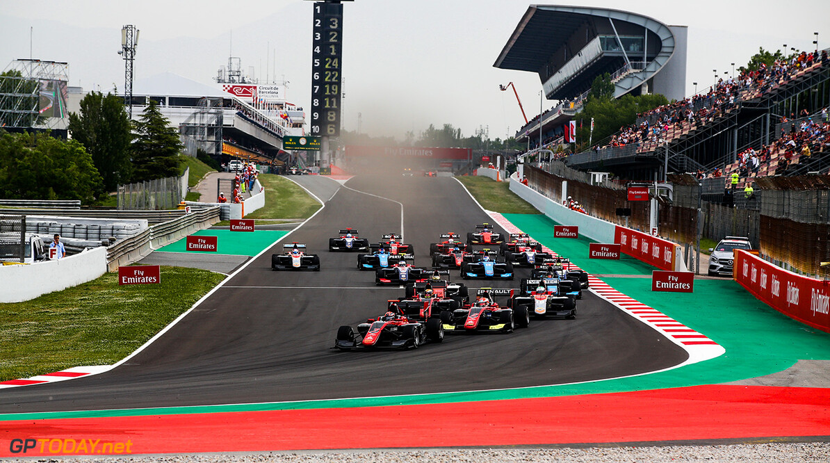 2018 GP3 Series Round 1.  Circuit de Catalunya, Barcelona, Spain. Saturday 12 May 2018. Start of the GP3 race Photo: Joe Portlock / GP3 Series Media Service. ref: Digital Image _L5R3393   Joe Portlock    Race 1 Action Race