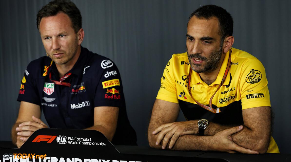 """Abiteboul: """"Red Bull krijgt geen genoeg van het ophemelen van Honda"""""""