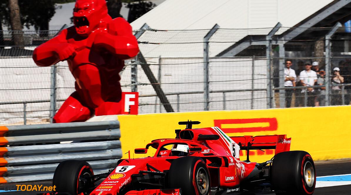"""Vettel verwacht sterk Ferrari in de race: """"P3 is daarom niet slecht"""""""