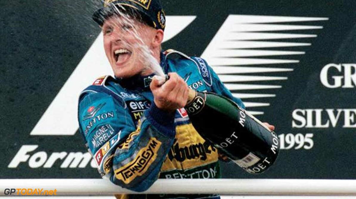 <b>Historie:</b> Grand Prix van Engeland 1995 : Johnny Be Good en de pijn bij Verstappen