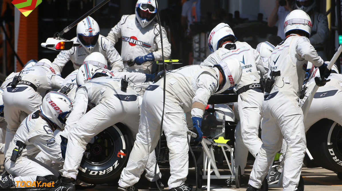 Pirelli: Two mandatory pit stops wouldn't make F1 more exciting