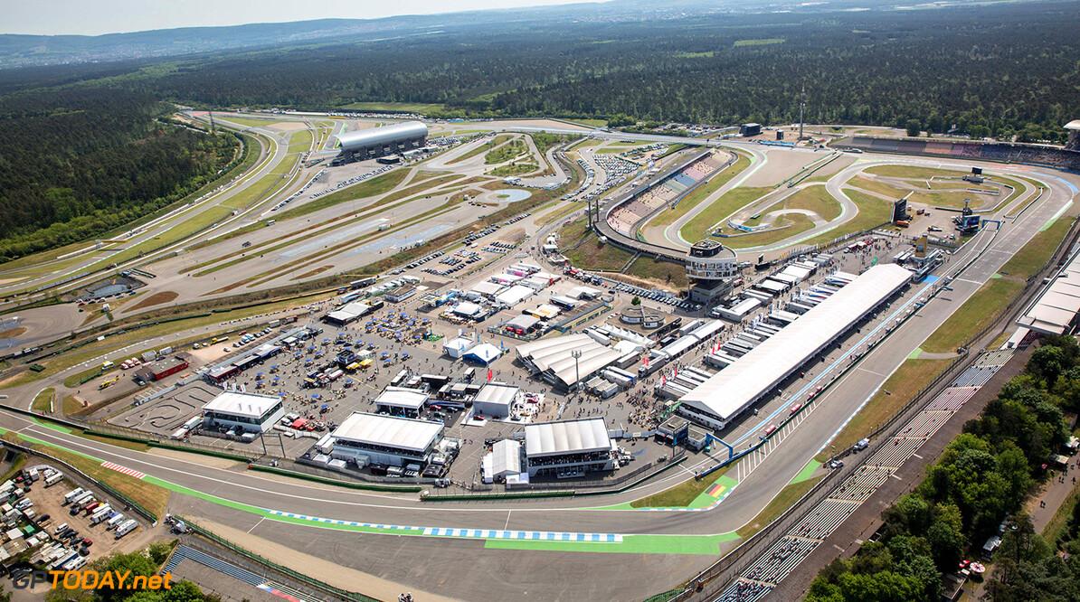 Motorsports: DTM race Hockenheimring, Saison 2018 - 1. Event Hockenheimring, GER Motorsports: DTM race Hockenheimring Gruppe C / Hoch Zwei   Germany  Luftaufnahme VersandPartnerDTM VersandPartnerStandard