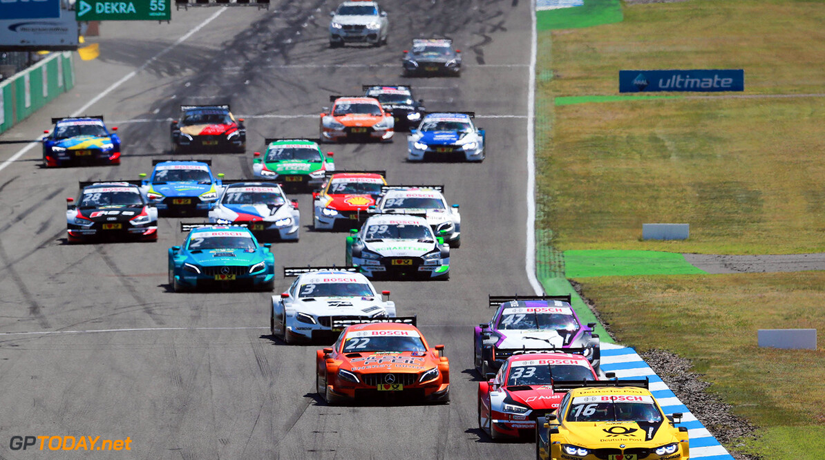 Motorsports: DTM race Hockenheimring, Saison 2018 - 1. Event Hockenheimring, GER, Lucas Auer ( AUT, Mercedes HWA AG ), Rene Rast ( D, Audi Sport Team Rosberg ), Timo Glock, ( D, BMW Team RMG ) Motorsports: DTM race Hockenheimring Gruppe C / Hoch Zwei    Rennen Start VersandPartnerDTM VersandPartnerStandard race