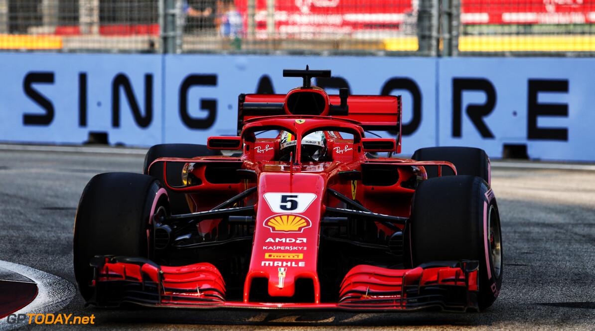"""Vettel baalt na aanraking met muur: """"Niet ideaal"""""""