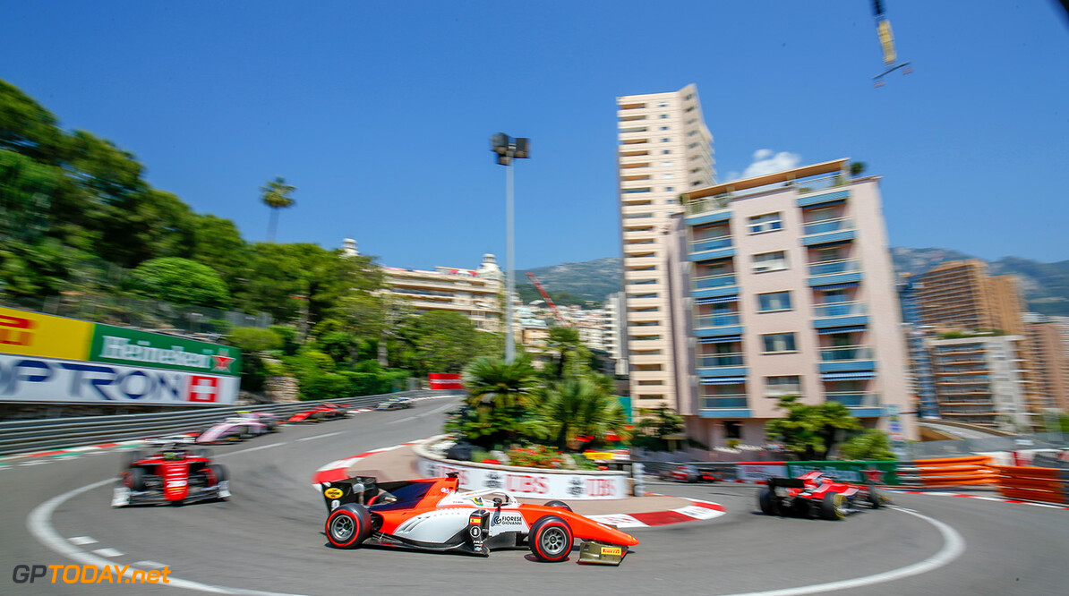 FIA Formula 2 Series - Round 4.  Monte Carlo, Monaco.  Friday 25 May 2018.  Roberto Merhi (ESP, MP Motorsport).  World Copyright: Joe Portlock / FIA Formula 2.  ref: Digital Image   Joe Portlock    f2 Race 1 Race Action