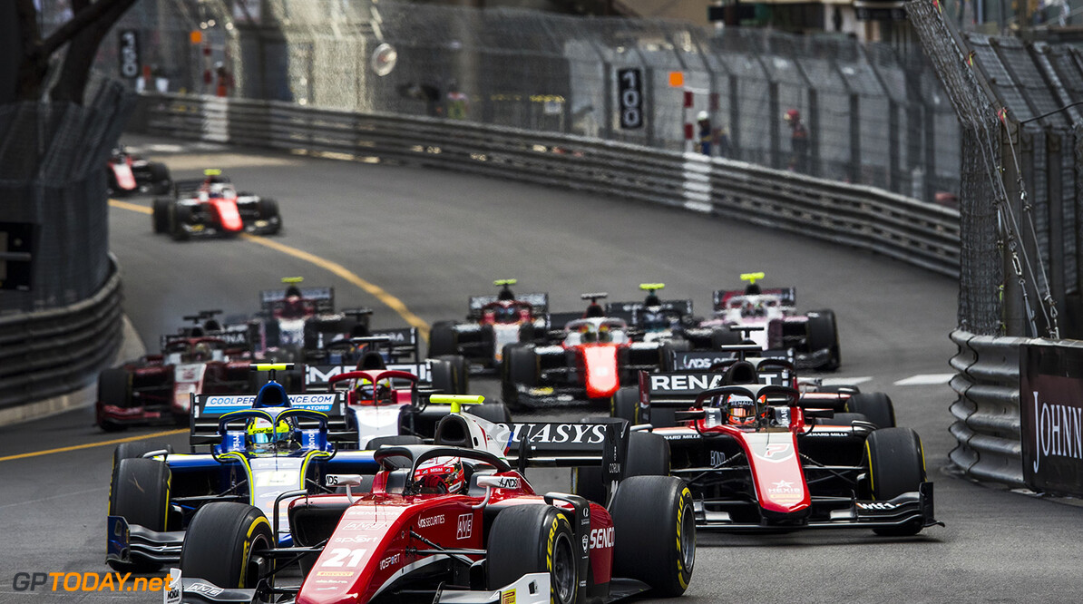 FIA Formula 2 Series - Round 4. Monte Carlo, Monaco. Saturday 26 May 2018. Antonio Fuoco (ITA, Charouz Racing System), leads Lando Norris (GBR, Carlin) and the rest of the field at the start of the race. World Copyright: Zak Mauger / FIA Formula 2. ref: Digital Image   Zak Mauger    f2 race two 2 sprint action start