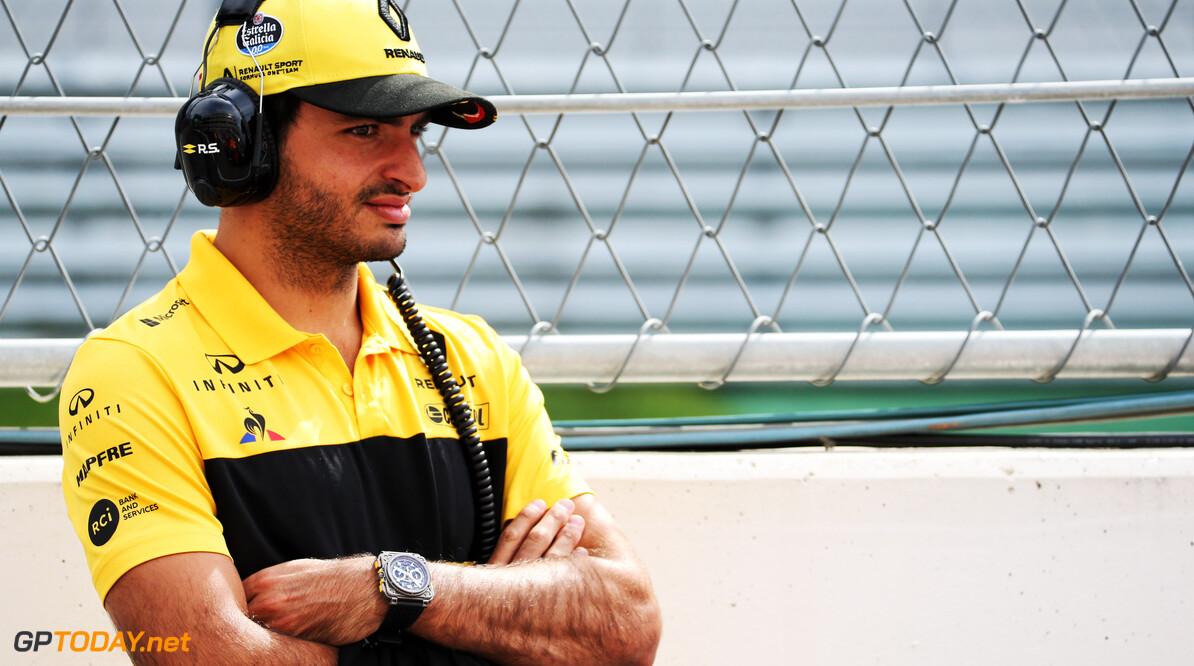 Hamilton gave Sainz confidence in McLaren