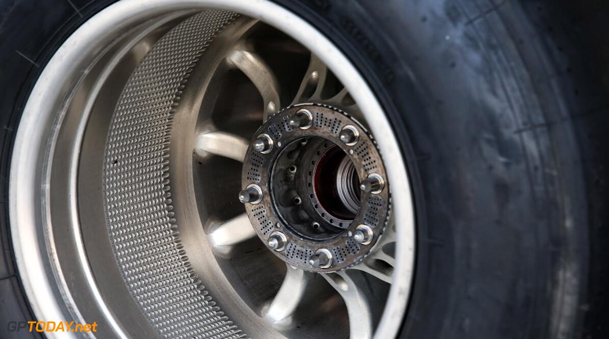 Mercedes krijgt verduidelijking betreffende de velgen controversie