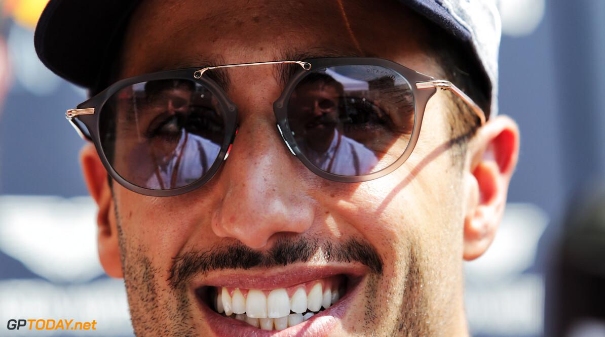Ricciardo ontkent dat hij teveel geld vroeg van Ferrari