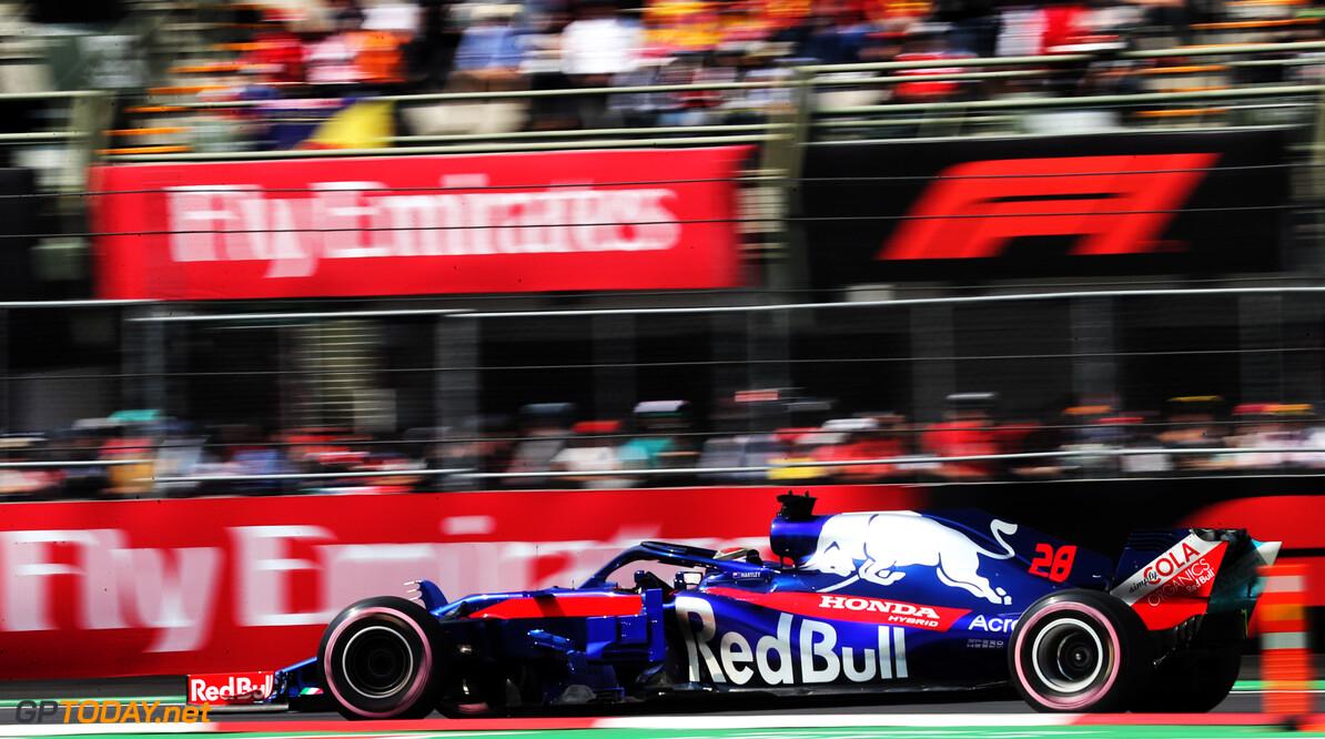 Hartley receives penalty for Ocon collision