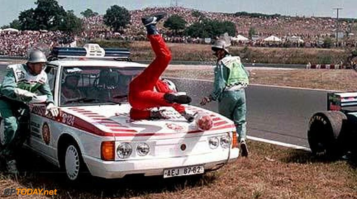 <strong>Historie:</strong> Pay drivers in de Formule 1: Taki Inoue en zijn hedendaagse cult-status