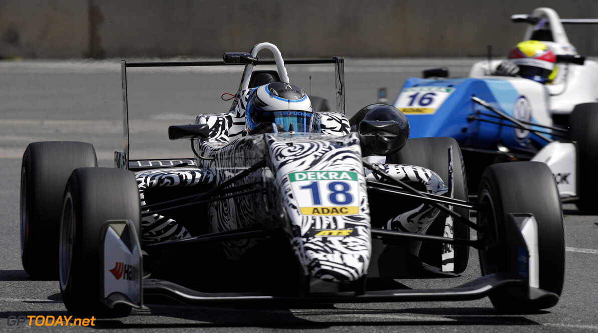 FIA Formula 3 European Championship, round 3, race 1, Norisring  18 Julian Hanses (DEU, ma-con, Dallara F317 - Volkswagen), FIA Formula 3 European Championship, round 3, race 1, Norisring (DEU), 22. - 24. June 2018 FIA Formula 3 European Championship 2018, round 3, race 1, Norisring (DEU) Thomas Suer Nuremberg Germany