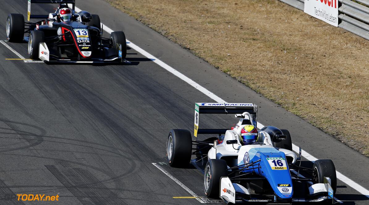 FIA Formula 3 European Championship, round 4, race 3, Zandvoort  Starting grid, 16 Nikita Troitckii (RUS, Carlin, Dallara F317 - Volkswagen), 13 Fabio Scherer (CHE, Motopark, Dallara F317 - Volkswagen), FIA Formula 3 European Championship, round 4, race 3, Zandvoort (NED), 13. - 15. July 2018 FIA Formula 3 European Championship 2018, round 4, race 3, Zandvoort (NED) Thomas Suer Zandvoort Netherlands