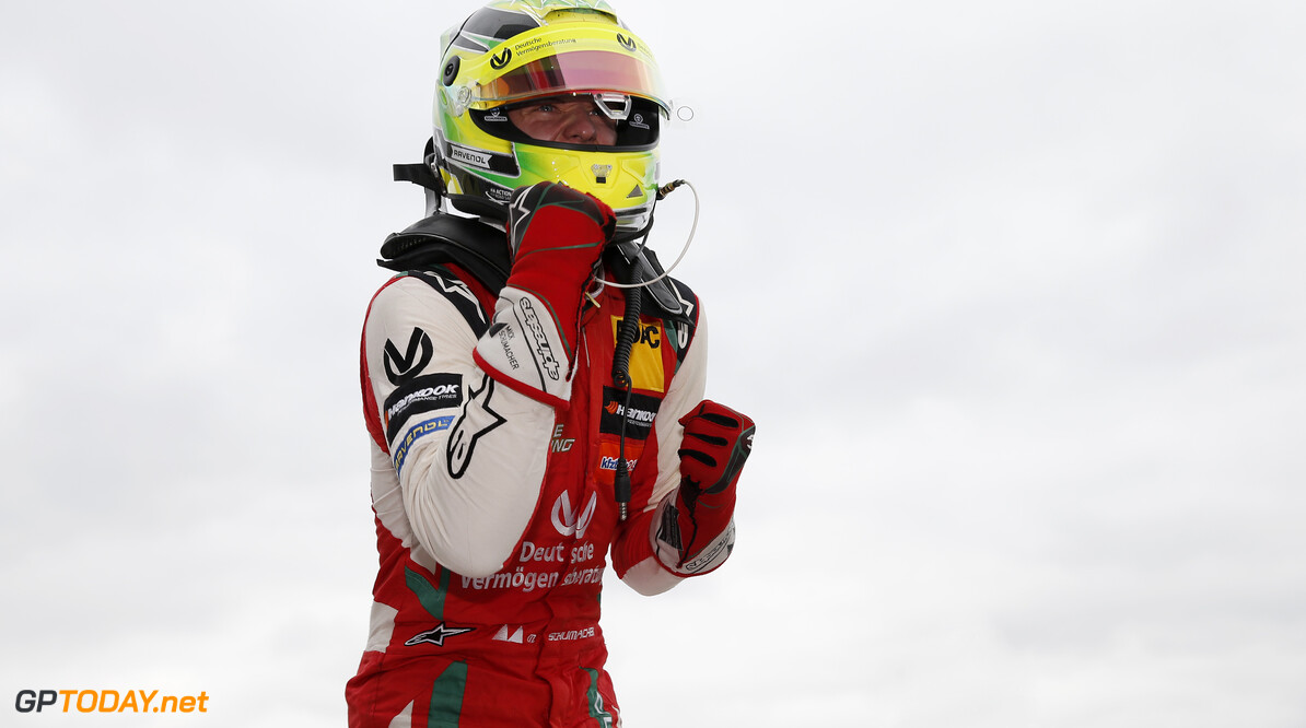 FIA Formula 3 European Championship, round 6, race 2, Silverstone (GBR) 4 Mick Schumacher (DEU, PREMA Theodore Racing, Dallara F317 - Mercedes-Benz), FIA Formula 3 European Championship, round 6, race 2, Silverstone (GBR), 17. - 19. August 2018 *** Local Caption *** Copyright (c) FIA Formula 3 European Championship / Thomas Suer FIA Formula 3 European Championship 2018, round 6, race 2, Silverstone (GBR) Thomas Suer Silverstone Great Britain