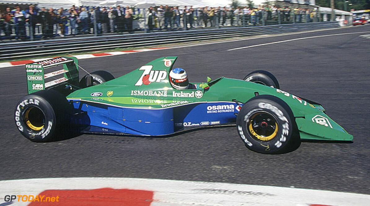 Te koop: Schumachers eerste F1-bolide