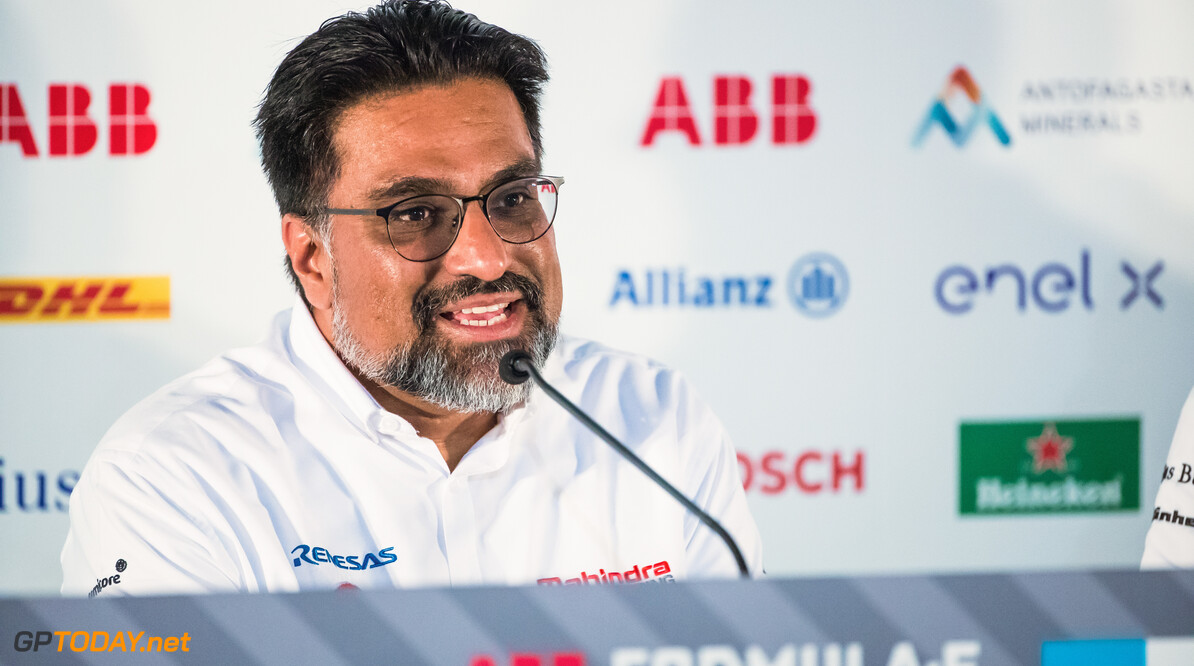 2018 Santiago E-prix PARQUE O'HIGGINS CIRCUIT, CHILE - JANUARY 25: Dilbagh Gill, CEO and Team Principal, Mahindra Racing in the press conference during the Santiago E-prix at Parque O'Higgins Circuit on January 25, 2019 in Parque O'Higgins Circuit, Chile. (Photo by Sam Bloxham) 2018 Santiago E-prix Sam Bloxham  Chile  portrait electric fe