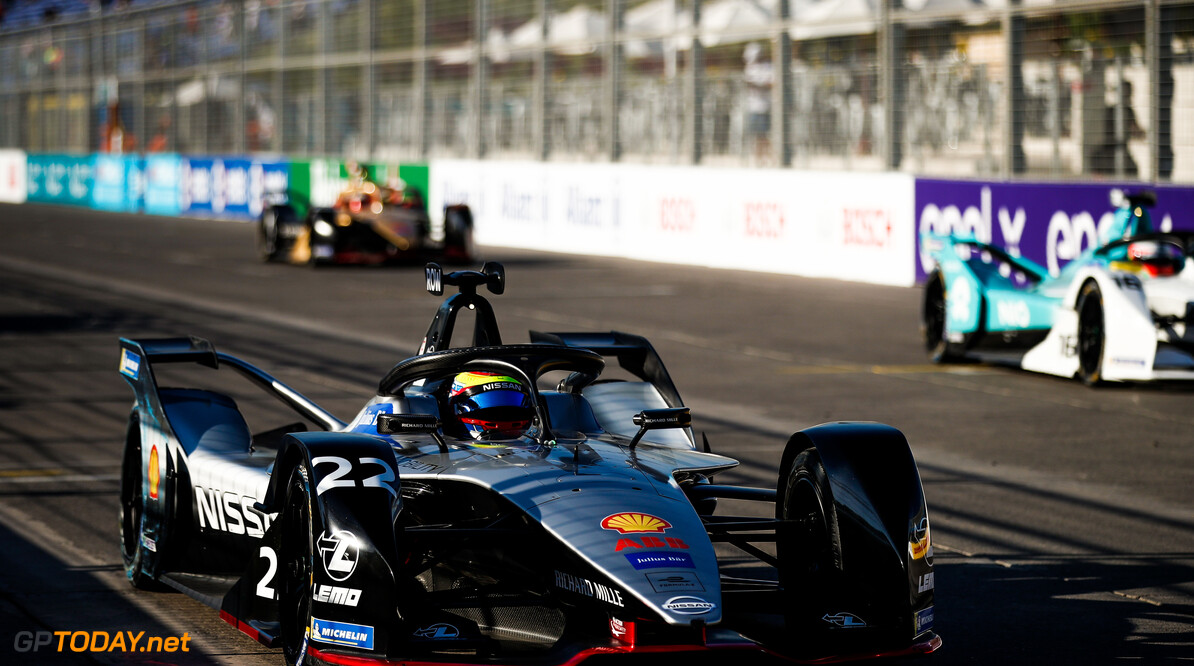2018 Santiago E-prix PARQUE O'HIGGINS CIRCUIT, CHILE - JANUARY 26: Oliver Rowland (GBR), Nissan e.Dams, Nissan IMO1, practices a start during the Santiago E-prix at Parque O'Higgins Circuit on January 26, 2019 in Parque O'Higgins Circuit, Chile. (Photo by Joe Portlock / LAT Images) 2018 Santiago E-prix Joe Portlock  Chile  portrait electric fe