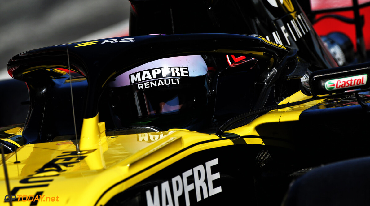 Ricciardo to introduce 'funky' helmet in Melbourne