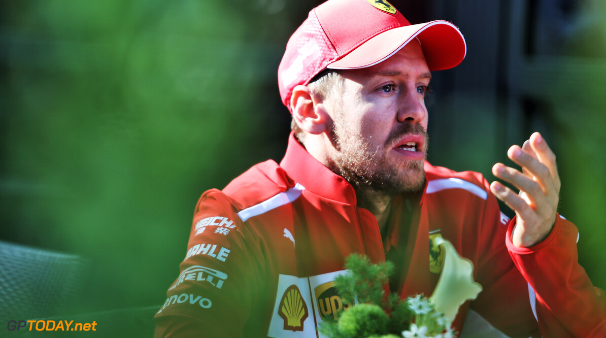 """Vettel: """"Heb dezelfde auto als tijdens de tests, maar hij doet niet hetzelfde"""""""