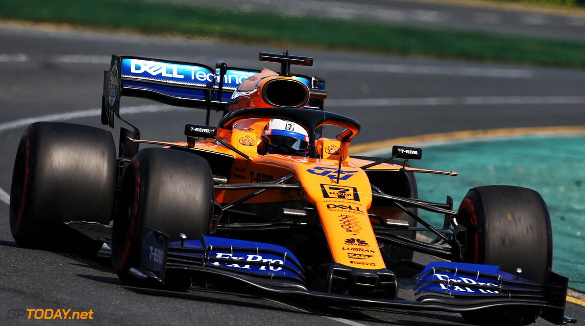 """Carlos Sainz teleurgesteld in Renault: """"Maar ik blijf vertrouwen in ze houden"""""""