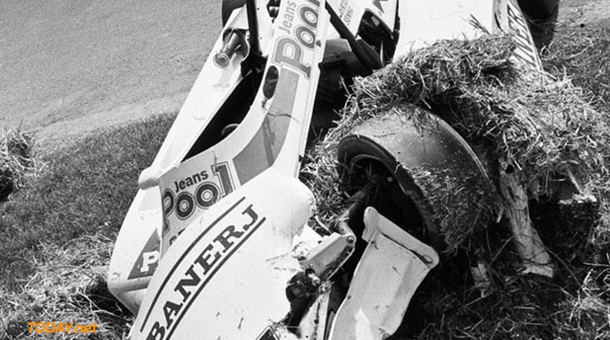 British Formula Three Championship The remains of Ayrton Senna's Ralt F3 Cadwell Park F3, 19 June 1983      Accident Off track