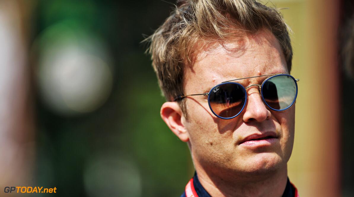 Rosberg vindt coureurs Mercedes slap verdedigen tegen Verstappen